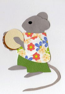 T for tambourine, Mouse playing a tambourine